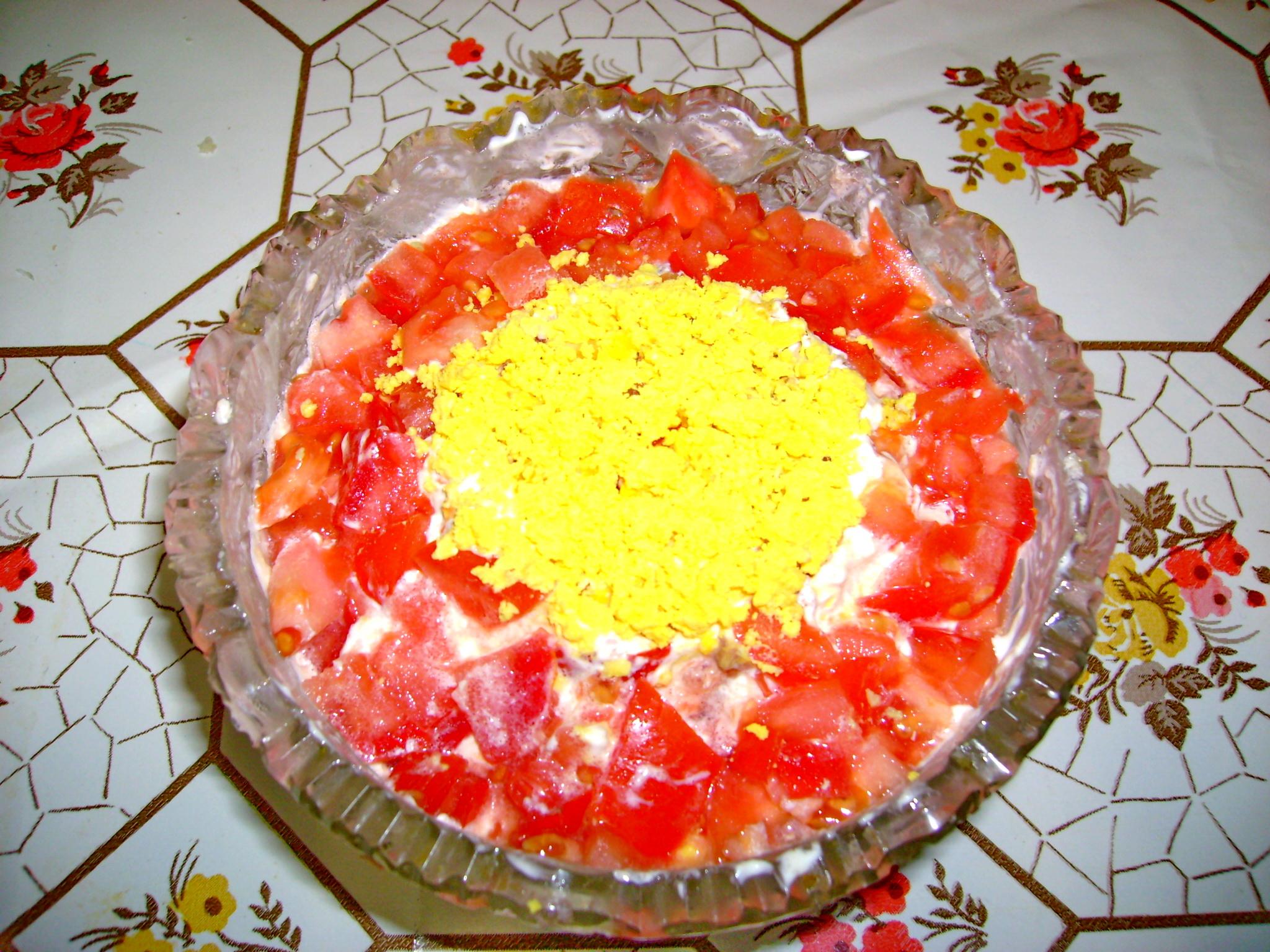 Салат из красной рыбы с сыром салат из