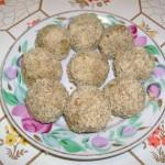 Печёночные шарики в ореховой крошке